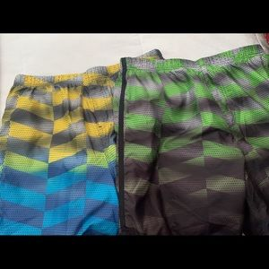 EUC Speedo swim trunks size Large